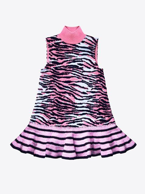 Textile, Magenta, Pink, Purple, Violet, One-piece garment, Carmine, Pattern, Day dress, Lavender,