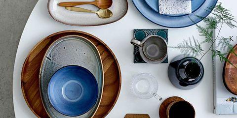 Blue, Dishware, Teal, Serveware, Bread, Aqua, Turquoise, Circle, Paint, Kitchen utensil,