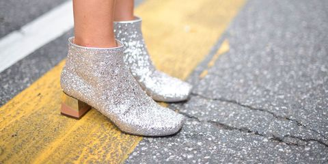 Joint, Fashion accessory, Grey, Tan, Beige, Close-up, Ankle, Silver, High heels, Tar,