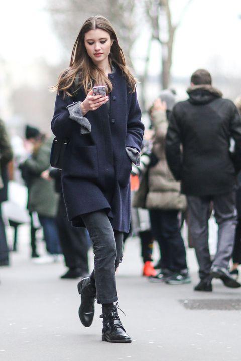 Clothing, Footwear, Trousers, Winter, Outerwear, Coat, Style, Jacket, Street fashion, Street,