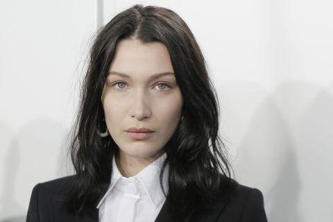 Hair, Lip, Cheek, Hairstyle, Skin, Collar, Chin, Forehead, Eyebrow, Outerwear,