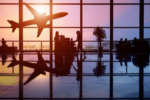 Water, Sky, Reflection, Air travel, Morning, Line, Airplane, Atmosphere, Heat, Window,