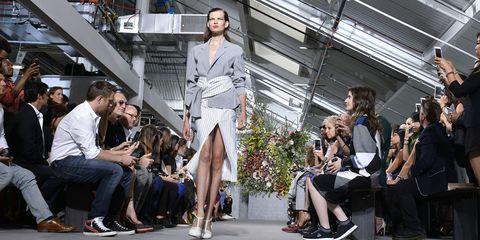 Fashion, Fashion model, Fashion show, Runway, Fashion design, Event, Footwear, Model, Crowd, Performance art,