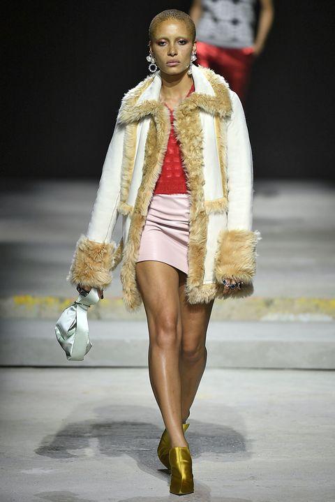 Fashion model, Fashion, Runway, Fashion show, Clothing, Fur, Fashion design, Public event, Fur clothing, Event,