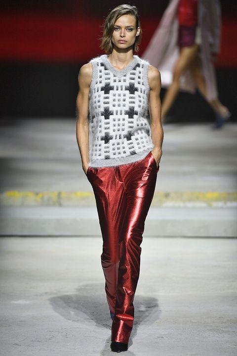 Fashion model, Fashion, Runway, Fashion show, Clothing, Fashion design, Human, Event, Footwear, Model,
