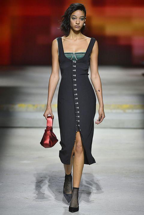Fashion show, Fashion model, Runway, Fashion, Clothing, Dress, Shoulder, Neck, Cocktail dress, Fashion design,
