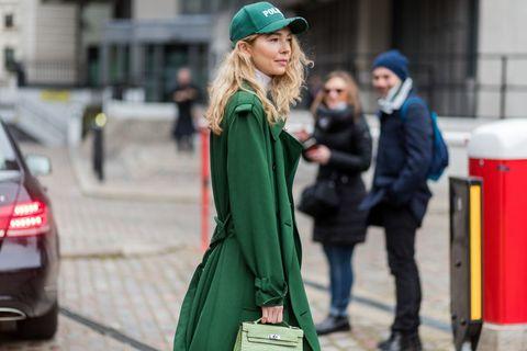 Street fashion, Green, Fashion, Snapshot, Street, Beanie, Outerwear, Headgear, Photography, Cap,