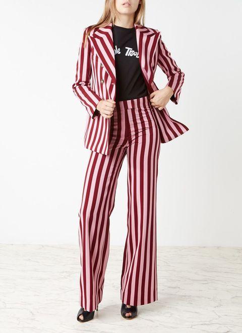 Clothing, Fashion model, Pajamas, Waist, Leg, Sleeve, Trousers, Suit, Neck, Photo shoot,