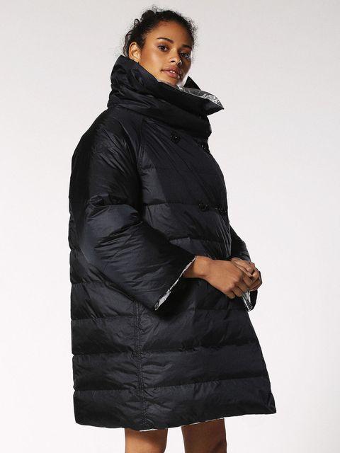 Clothing, Hood, Outerwear, Black, Coat, Parka, Jacket, Sleeve, Overcoat, Fur,