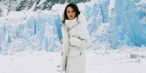 Clothing, Beauty, Skin, Winter, Coat, Outerwear, Fur, Snow, Freezing, Photography,
