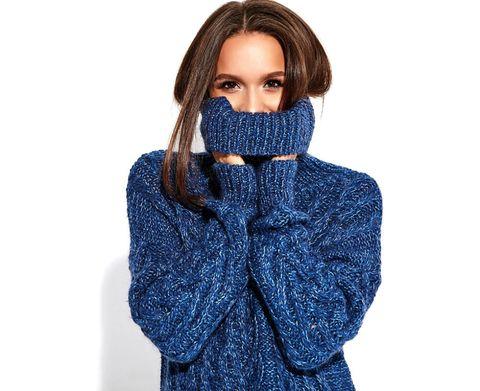 Clothing, Blue, Hood, Outerwear, Neck, Cobalt blue, Electric blue, Hoodie, Wool, Jacket,