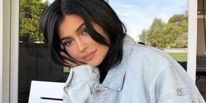 Kylie Jenner showt baby Stormi