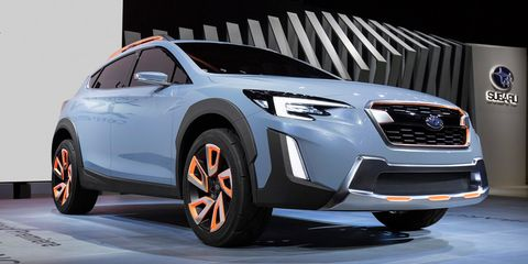 Tire, Wheel, Motor vehicle, Automotive design, Product, Vehicle, Land vehicle, Automotive lighting, Car, Headlamp,