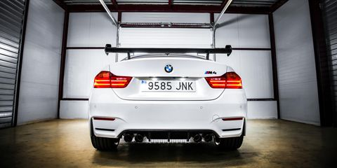 Automotive design, Automotive tail & brake light, Automotive exterior, Vehicle, Automotive lighting, Car, Vehicle registration plate, Personal luxury car, Bumper, Ceiling,