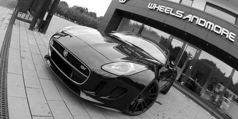 Automotive design, Vehicle, Automotive tire, Performance car, Headlamp, Rim, Automotive lighting, Grille, Car, Automotive mirror,