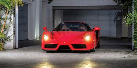 Mode of transport, Automotive design, Vehicle, Land vehicle, Automotive lighting, Performance car, Car, Red, Hood, Supercar,