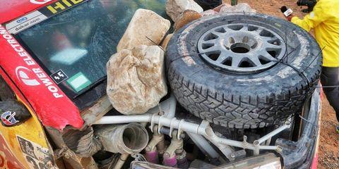 Tire, Automotive tire, Rim, Automotive wheel system, Tread, Synthetic rubber, Auto part, Tire care, Hubcap, Spoke,