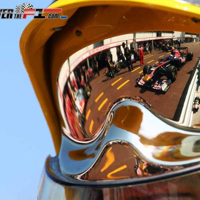 Mode of transport, Orange, Automotive mirror, Reflection, Rear-view mirror, Automotive side-view mirror, Eye glass accessory, Mirror,