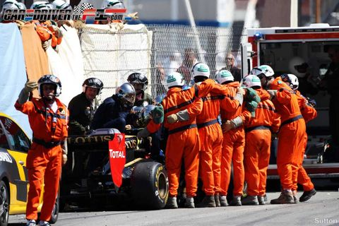 Tire, Automotive tire, Helmet, Emergency service, Personal protective equipment, Automotive wheel system, Workwear, Service, Team, Emergency vehicle,