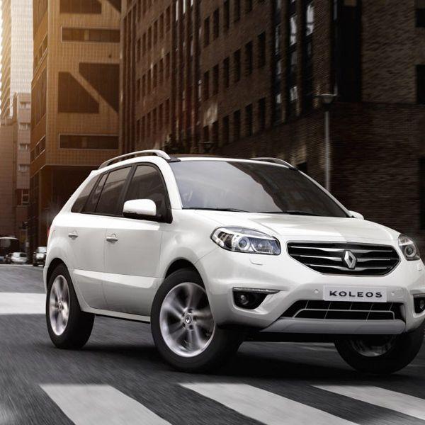 Tire, Motor vehicle, Wheel, Automotive design, Vehicle, Car, Rim, Automotive mirror, Alloy wheel, Automotive tire,