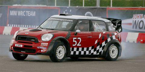 Automotive design, Vehicle, Car, Motorsport, Grille, Auto racing, Hood, Regularity rally, Race car, Sports car racing,