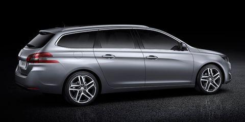 Tire, Wheel, Automotive design, Vehicle, Land vehicle, Rim, Car, Automotive exterior, Spoke, Alloy wheel,