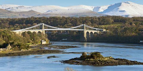 Body of water, Bridge, Mountainous landforms, Mountain range, Water resources, Highland, Beam bridge, Hill, Girder bridge, Mountain,