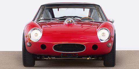 Automotive design, Vehicle, Headlamp, Red, Automotive lighting, Car, Hood, Sports car, Performance car, Classic car,