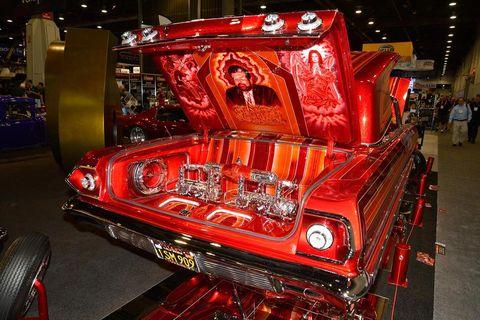 Motor vehicle, Automotive design, Automotive exterior, Automotive lighting, Grille, Auto show, Bumper, Exhibition, Classic car, Hood,