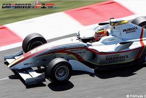 Tire, Automotive tire, Automotive design, Open-wheel car, Automotive wheel system, Formula one tyres, Race track, Formula one, Sport venue, Formula one car,