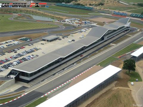 Infrastructure, Road, Land lot, Plain, Aerial photography, Urban design, Intersection, Bird's-eye view, Service, Race track,