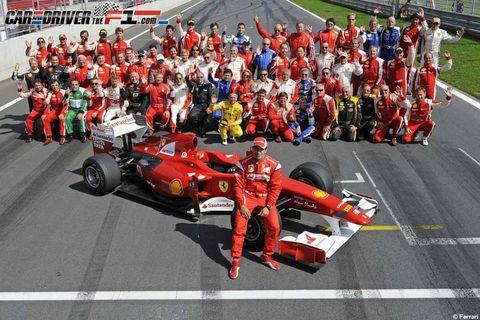 Open-wheel car, Formula one, Motorsport, Team, Crowd, Race car, Race track, Formula racing, Racing, Auto racing,