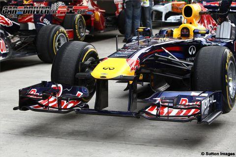 Tire, Wheel, Automotive tire, Automotive design, Open-wheel car, Formula one tyres, Automotive wheel system, Vehicle, Formula one car, Motorsport,