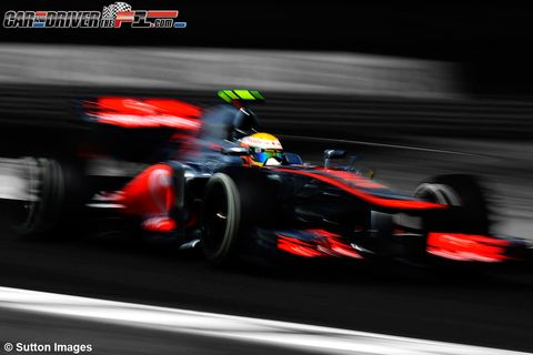 Tire, Automotive tire, Automotive design, Mode of transport, Open-wheel car, Race track, Vehicle, Formula one tyres, Formula one car, Motorsport,