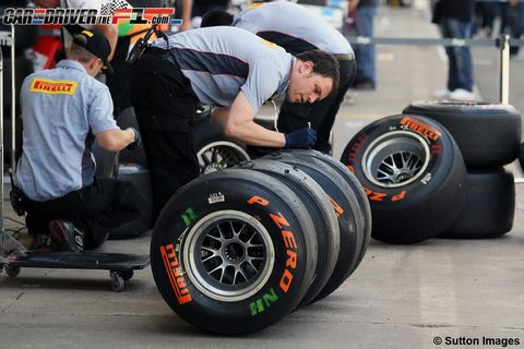 Wheel, Automotive tire, Automotive design, Automotive wheel system, Rim, Elbow, Synthetic rubber, Helmet, Logo, Tread,