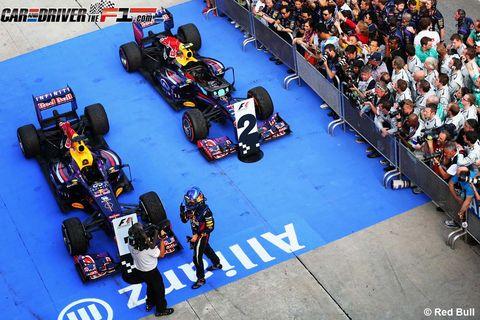 Motor vehicle, Tire, Wheel, Automotive tire, Automotive design, Open-wheel car, Automotive wheel system, Formula one tyres, Automotive exterior, Logo,