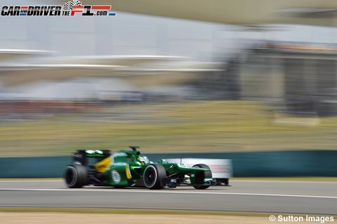 Tire, Wheel, Automotive tire, Automotive design, Open-wheel car, Race track, Formula one tyres, Motorsport, Sport venue, Formula one car,