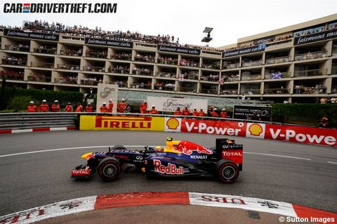 Tire, Wheel, Automotive tire, Automotive design, Open-wheel car, Vehicle, Formula one tyres, Formula one car, Race track, Motorsport,
