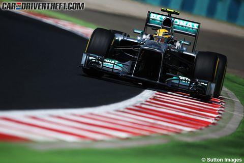 Automotive tire, Automotive design, Open-wheel car, Formula one tyres, Formula one, Motorsport, Sports car racing, Race track, Formula racing, Car,