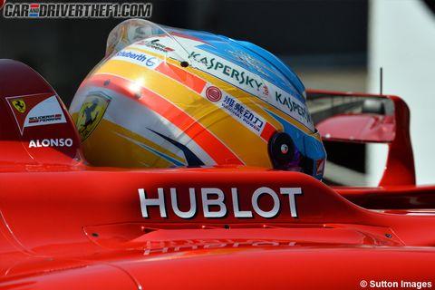 Automotive exterior, Logo, Automotive decal, World, Race car, Hood, Motorsport, Racing, Auto racing, Sports car,