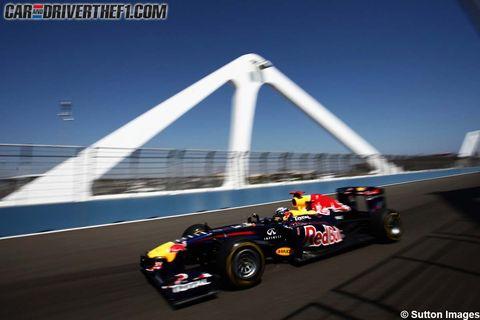 Tire, Wheel, Automotive tire, Mode of transport, Automotive design, Open-wheel car, Vehicle, Formula one tyres, Formula one, Formula one car,