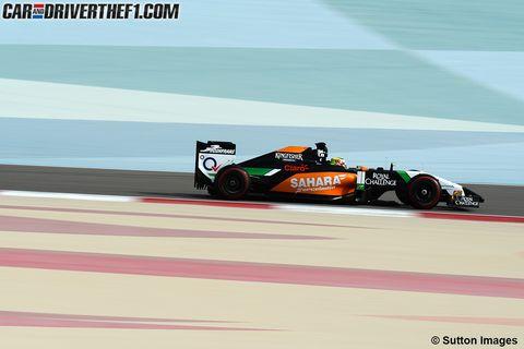 Tire, Wheel, Automotive tire, Automotive design, Mode of transport, Race track, Motorsport, Car, Racing, Race car,