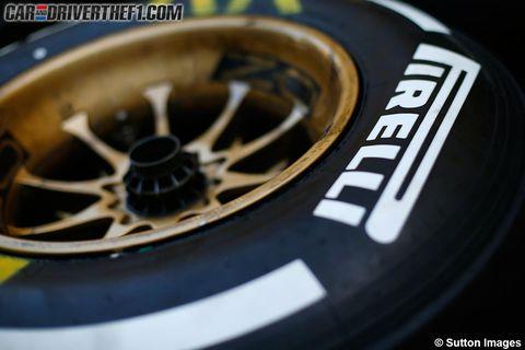 Automotive tire, Rim, Automotive wheel system, Alloy wheel, Spoke, Logo, Font, Auto part, Symbol, Synthetic rubber,