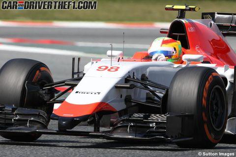 Tire, Wheel, Automotive tire, Automotive design, Open-wheel car, Formula one tyres, Vehicle, Automotive wheel system, Formula one car, Motorsport,