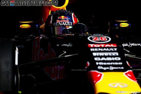 Yellow, Logo, Symbol, Race car, Formula one tyres, Formula one, Automotive decal, Formula one car, Formula racing, Graphics,