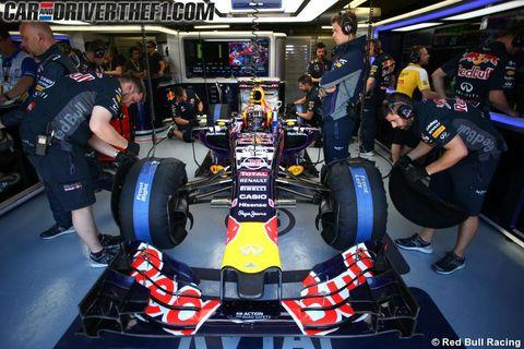 Tire, Automotive design, Automotive tire, Formula one tyres, Open-wheel car, Automotive wheel system, Motorsport, Formula one, Race car, Logo,