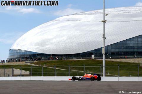 Automotive tire, Automotive design, Race track, Sport venue, Formula one, Open-wheel car, Formula racing, Formula one tyres, Motorsport, Formula one car,