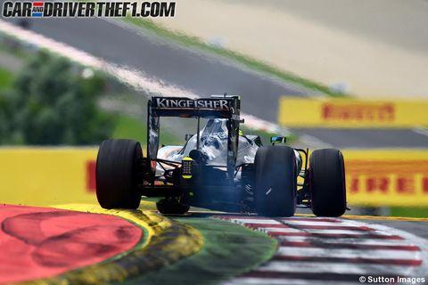 Tire, Wheel, Automotive tire, Automotive design, Open-wheel car, Vehicle, Automotive wheel system, Formula one tyres, Motorsport, Car,