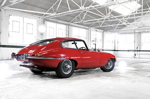 Tire, Wheel, Vehicle, Automotive design, Automotive parking light, Automotive lighting, Automotive tire, Car, Red, Rim,