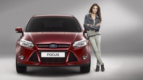 Tire, Motor vehicle, Automotive design, Product, Vehicle, Headlamp, Grille, Automotive lighting, Glass, Car,